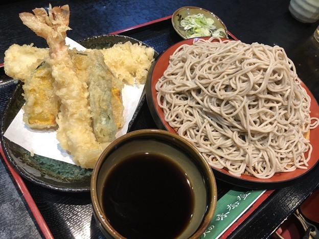 Photos: 味奈登庵