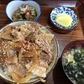 Photos: 豚バラ丼定食