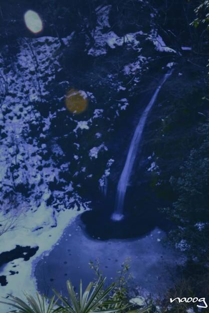 写真: 秩父華厳の滝