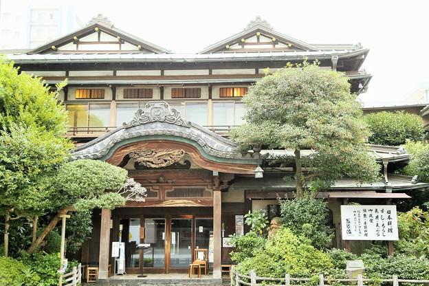 IMG_0527 城下の老舗「だるま」料理店