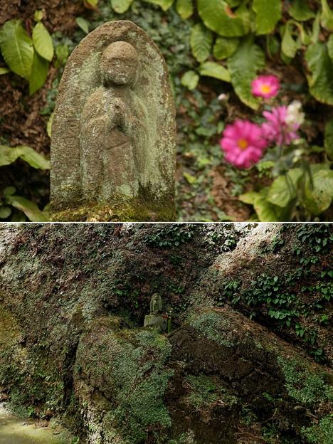 IMG_1247 東慶寺の崖に有る石像