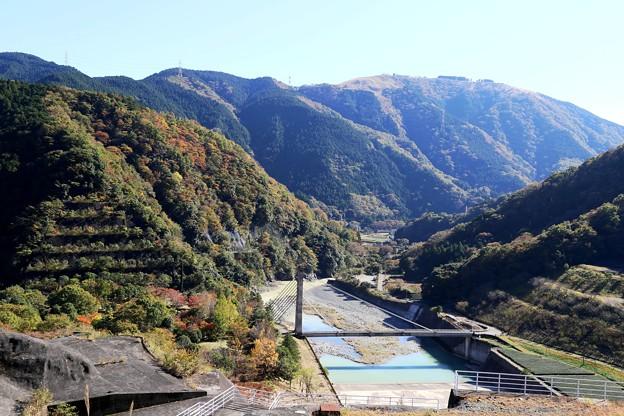 IMG_5705 三保ダム・放流路の眺め