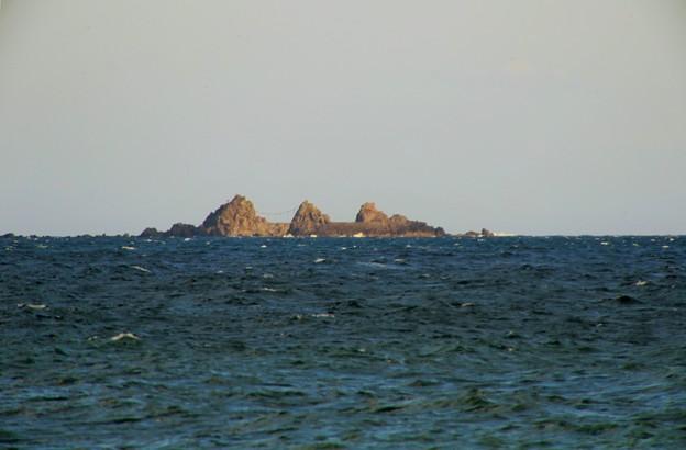 Photos: IMG_6414  海を見ていた午後・真鶴三ツ石-2
