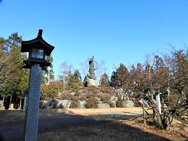 DSCN7956 日本武尊銅像の有る小公園