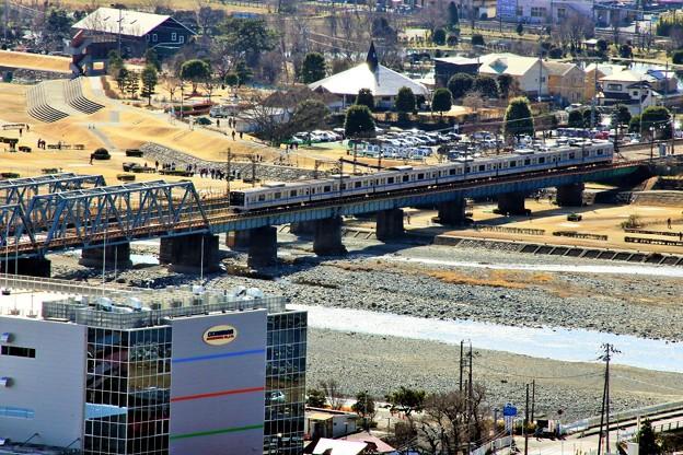 鉄橋を渡る小田急線
