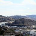 Photos: 東名高速と旧第一生命本社ビルが見える