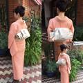 写真: 入学式のお母様