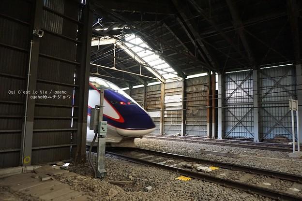 来る新幹線。(12系 山形仙台旅)