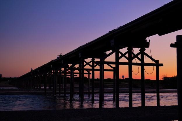 夕刻 流れ橋