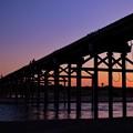 写真: 夕刻 流れ橋
