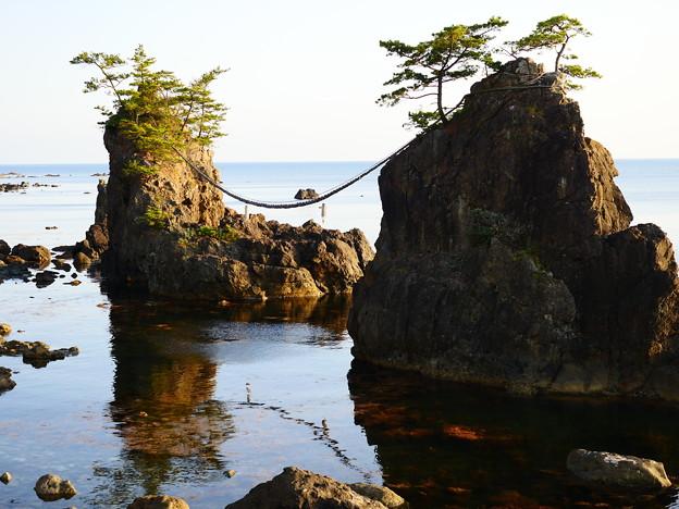 Photos: 能登 夫婦岩