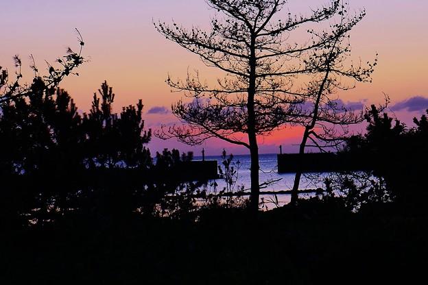 夕景 日本海は能登赤住海岸