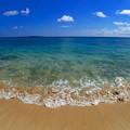 写真: 沖縄らしい海の色なのです^^