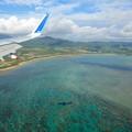 Photos: 海に飛行機の影が落ちていますです^^