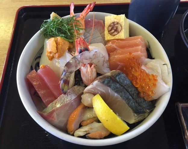 魅惑の 海鮮丼!!
