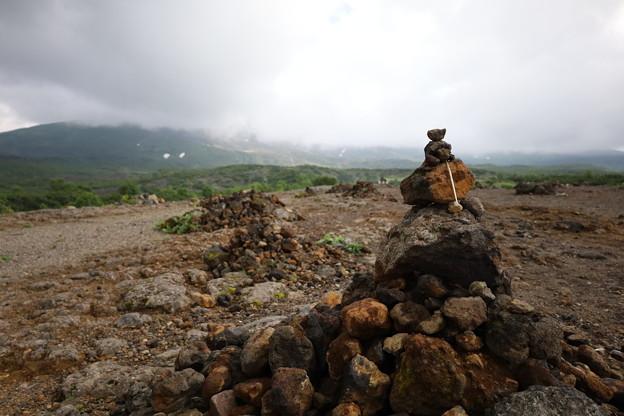望岳台の積石