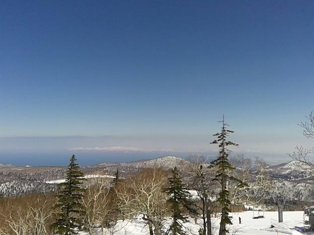 石狩湾の向こうまで見えてる。天気サイコーデス
