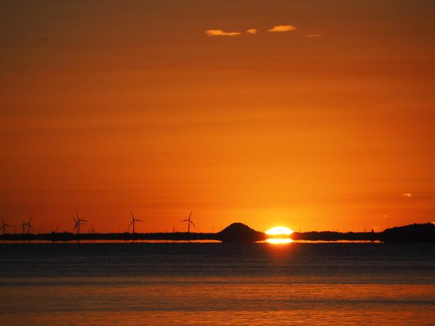 三河湾の日の出2