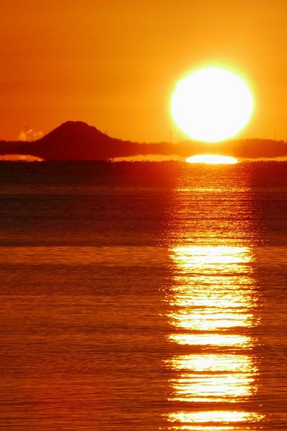 三河湾の日の出4