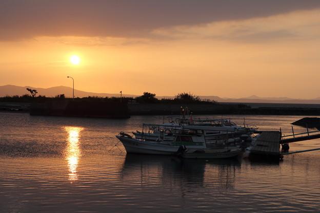 丸島漁港の夕日