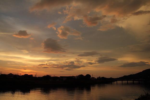 Photos: これから焼けます・・水俣川