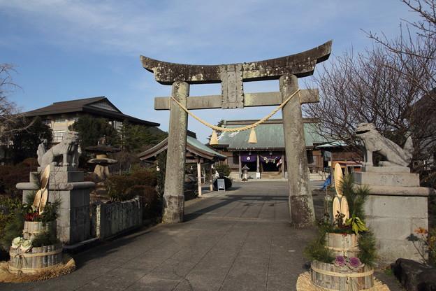 初詣・・八幡神社