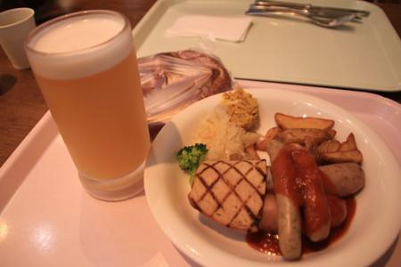 ドイツビール&ソーセージ盛り合わせ