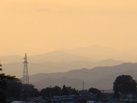 夕暮れの稜線