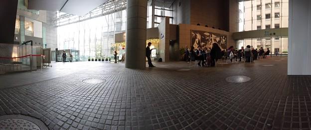 休憩中ーoazoからみる東京駅ー