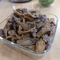 Photos: きのこと豚肉の甘辛炒め