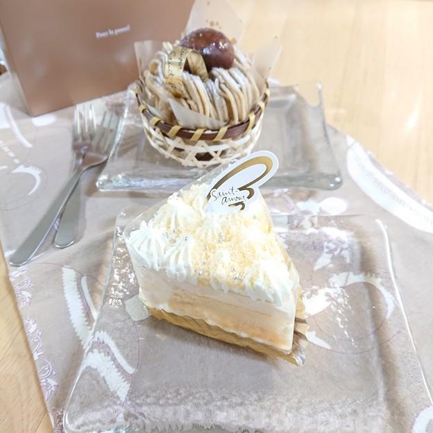 Photos: チーズケーキとしぶかわ栗ケーキ