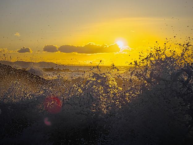 Photos: 210101_茅ヶ崎・柳島海岸_初日の出_G210101XZ0944_MZD12-100Z_X10Ss