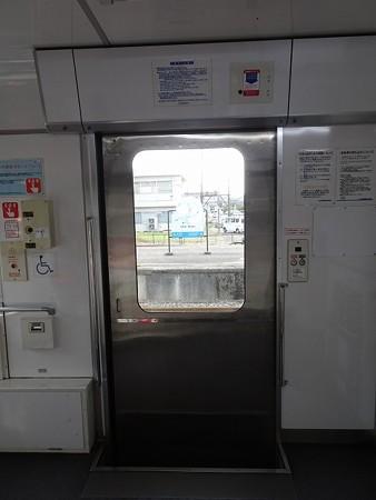 NT200-扉