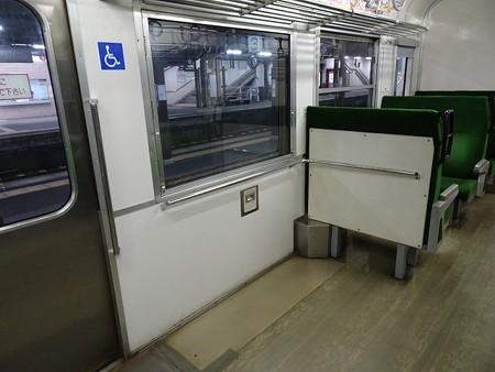 DC12-車椅子スペース