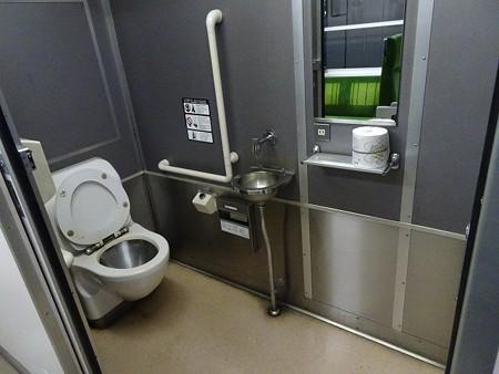DC12-トイレ2