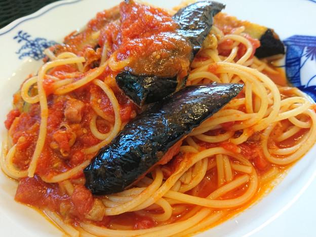 トマトソースとナスのスパゲッティー