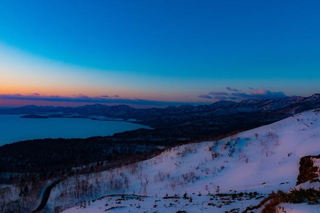 写真: 夜明け