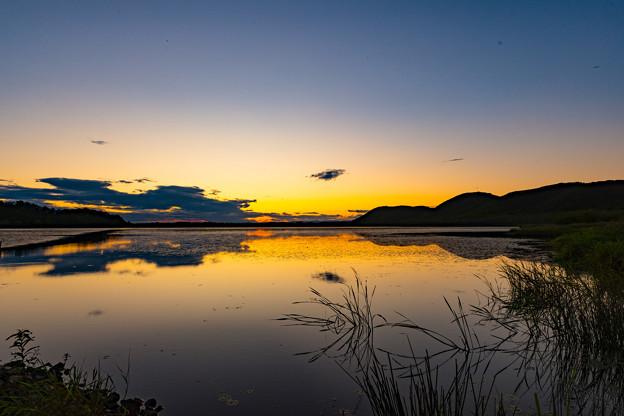 ー湿原に沈む夕日ー