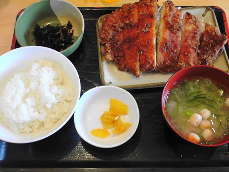 串鳥北広島駅前店 ビッグチキンカツ定食