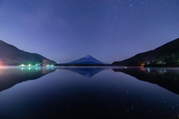 富士山と星空 精進湖にて その1