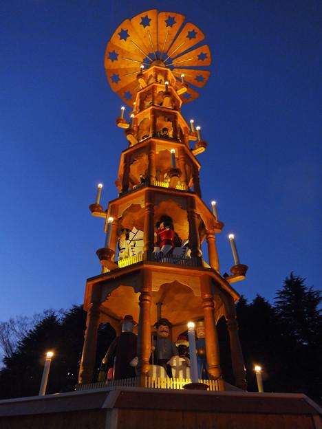 「クリスマスピラミッド」