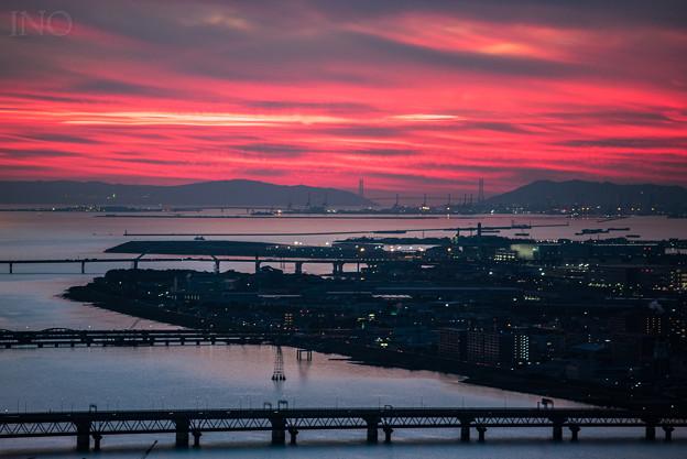 梅田から海峡を望む