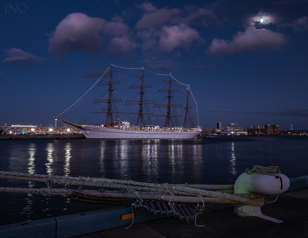 海の貴婦人2世 神戸来航