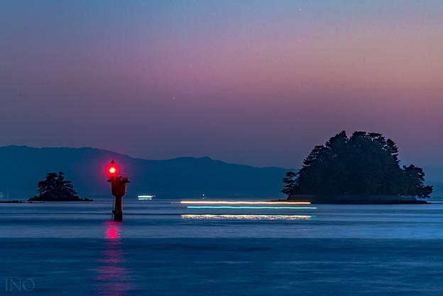 夜明けの出漁