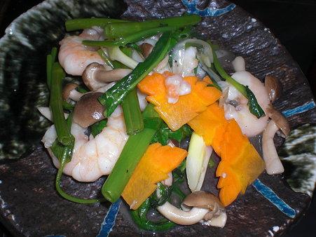 エビと空心菜の淡塩炒め