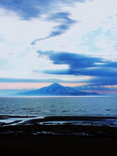 海上の利尻島_2