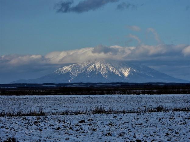 Photos: 雪の利尻富士_1