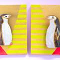 Photos: まとって飾れる双子ブローチ(ヒゲペンギン)