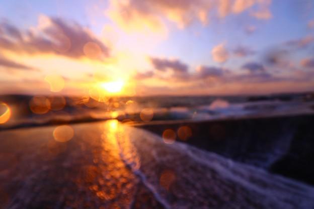 Photos: 春の海~光~