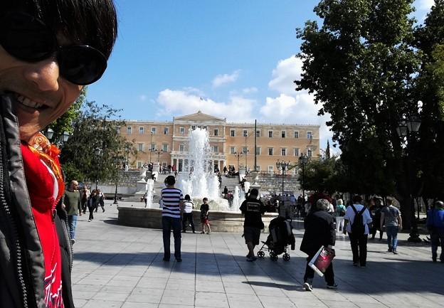 コスモポリタンロッカリアン シンタグマ広場